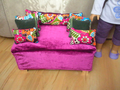 Make a Doll Couch from a Clementine Box