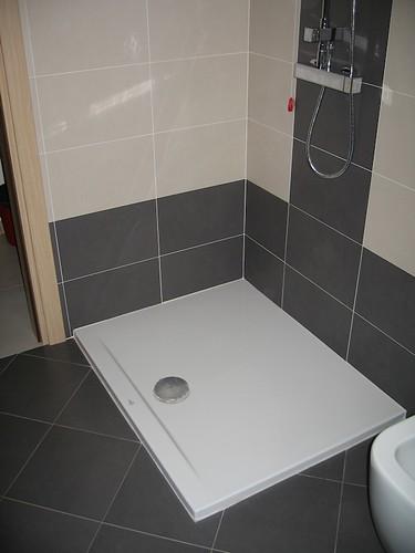 Forum sostituzione piatto doccia - Piatto doccia incassato nel pavimento ...