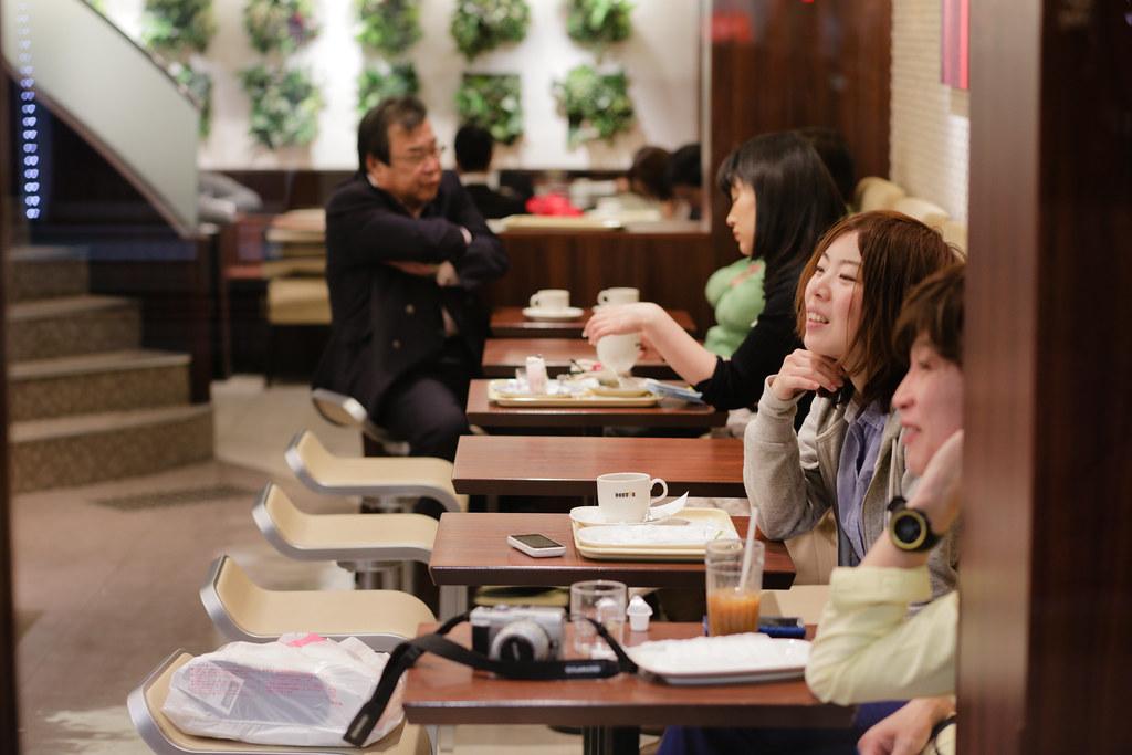 Onoedori 8 Chome, Kobe-shi, Chuo-ku, Hyogo Prefecture, Japan, 0.008 sec (1/125), f/3.2, 85 mm, EF85mm f/1.8 USM