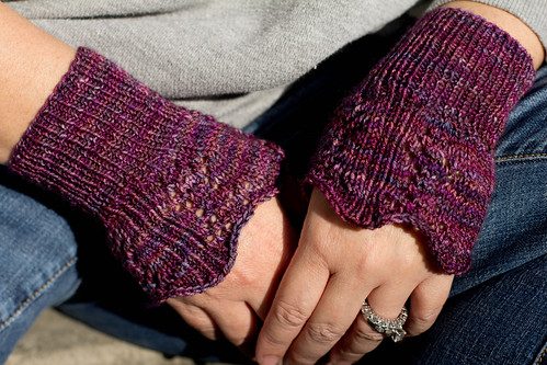 Pine Cone Lace Wrist ruffle