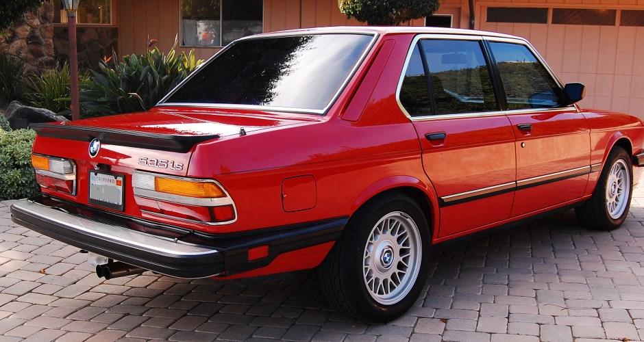 87 535is rear 940x500