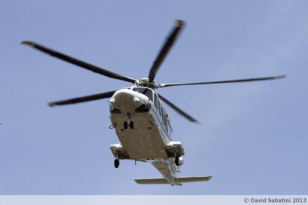 Elicottero Nero : Primo volo in elicottero di papa francesco foto e