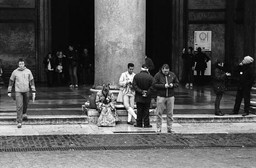 Hanging at the Pantheon