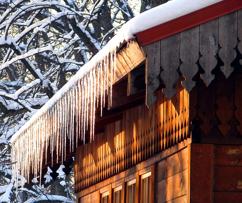 Icicle decoration by aigarsbruvelis
