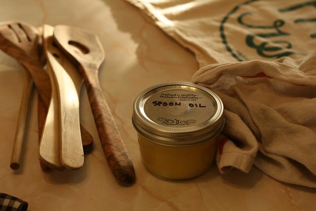 Worn spoons, meet spoon oil