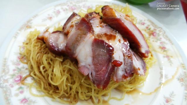 mak mun kee noodle roast pork