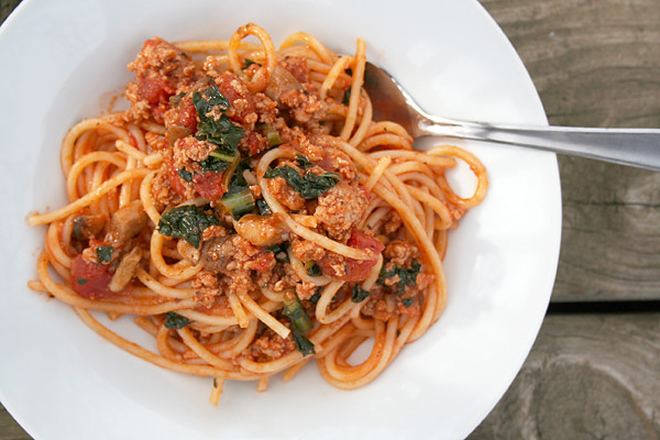 A Quick and Simple Organic Spaghetti or Pizza Sauce for $1 Plus Change