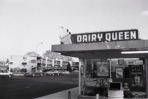The Old Seasonal Dairy Queen On South Kedzie Avenue Near West 95th Street Gone Evergreen Park Illinois May 1989