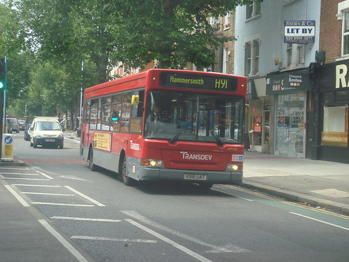 London United/Transdev DPS516 on Route H91, 2009