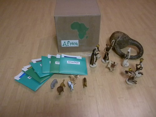 Africa Continent Box (Photo from Discovery Days and Montessori Moments)