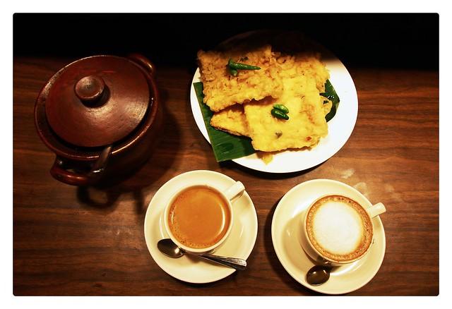 Mendoan + coffee