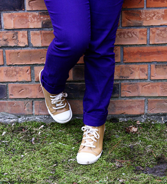 purple jeans, brown sneaker wedges