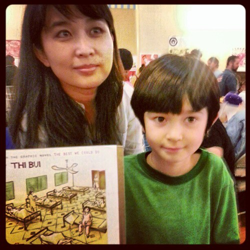 Meet our tabling neighbor Thi Bui and her son! thibui.com #poczines #lazinefest