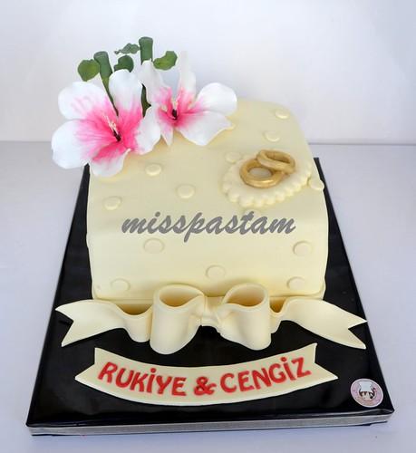 wedding cake by MİSSPASTAM