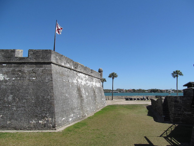 Castillo de San Marcos by CC user dougtone on Flickr
