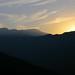 Sunset - Puesto del sol en el camino de Villa Alta a Santa María Temaxcalapan, Districto Villa Alta, Oaxaca, Mexico por Lon&Queta