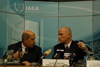 Iran Press Conference (01310023)