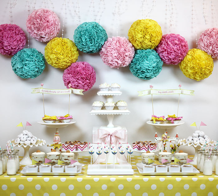 Humpty Dumpty Dessert Table