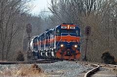 MMID GP38-3AC-304 EB switching at Union Bridge , MD
