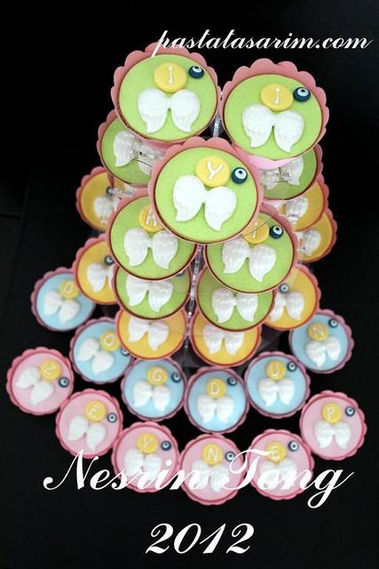 angel cupcakes - zeynep (Medium)