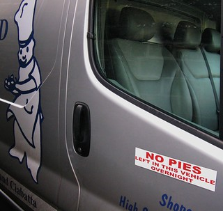 NO PIES    LEFT IN THIS VEHICLE OVERNIGHT