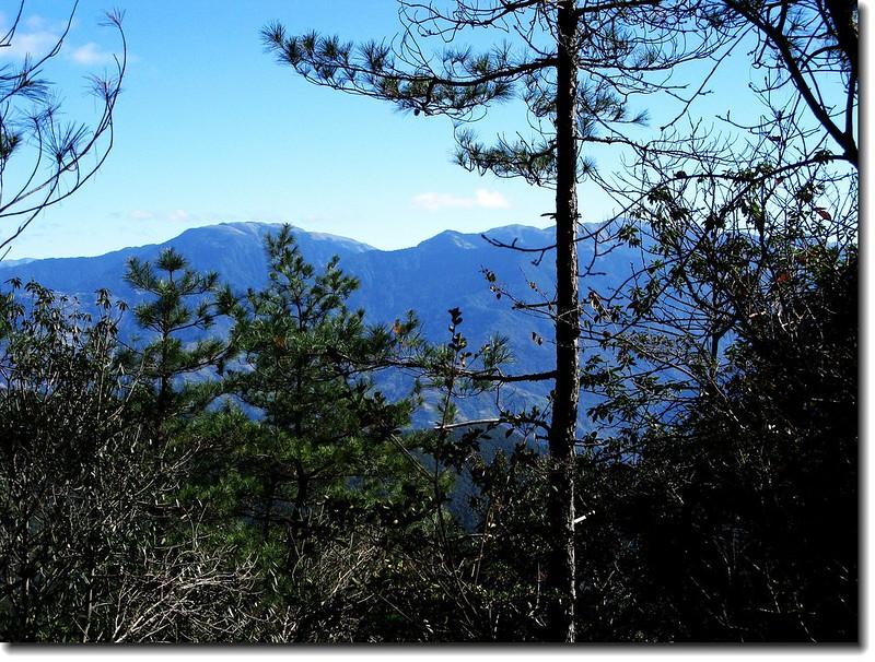 2240營地東眺合歡群峰