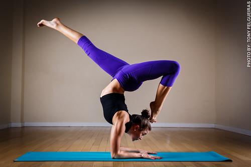 Deanna Di Carlo Yoga