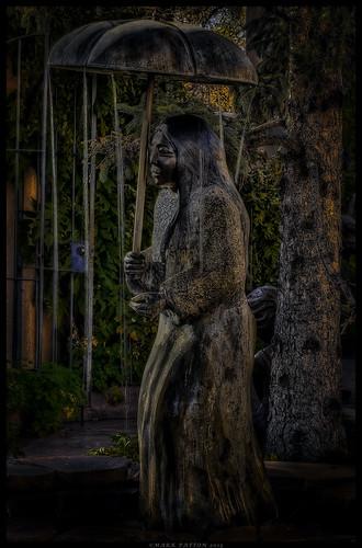 santa new art statue umbrella garden mexico indian fe ©markpatton