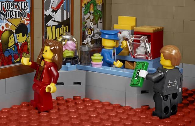 LEGO Creator Expert 10232 - Palace Cinema -Detail 16