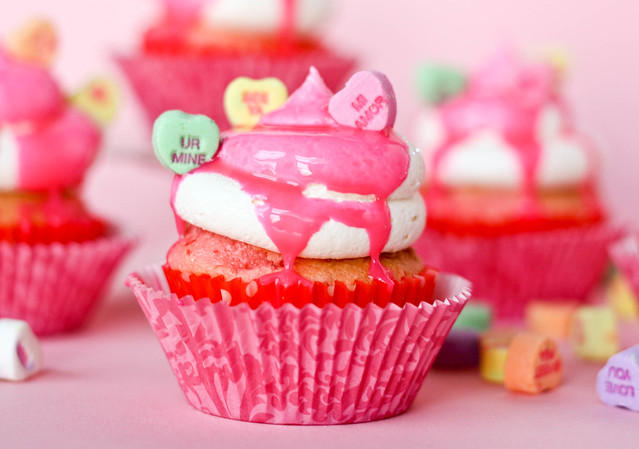 Conversation Heart Cupcakes Decorating Idea