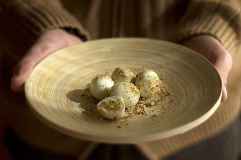 Ovos de codorniz com dukkah // Dukkah Quail Eggs