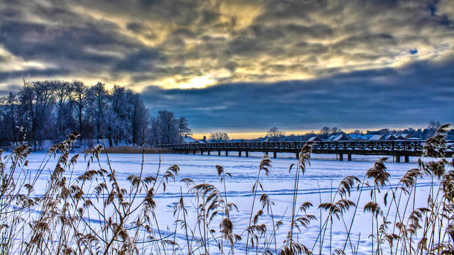0341 - Lithuania, Trakai, Frozen Lake HDR