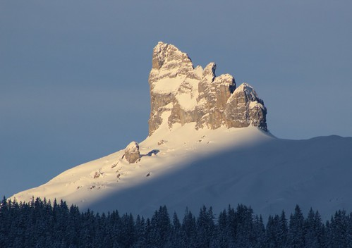snow mountains sunrise canon telephoto 550d