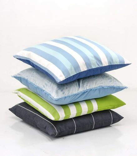pillows_outdoor
