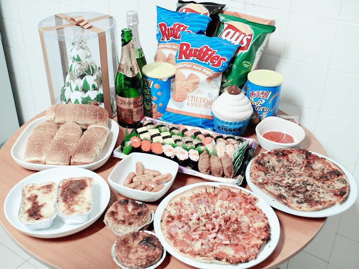 chirstmas feast food