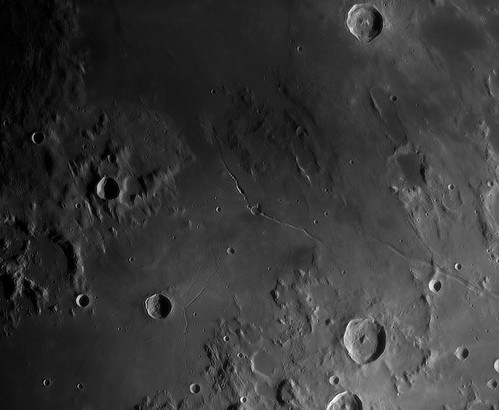 Hyginus Rille - 2013-02-18_17-59-10 by Mick Hyde