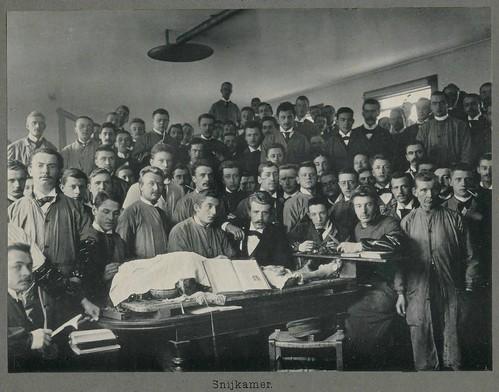 Amsterdam Universiteit snijzaal pm 1900 by janwillemsen