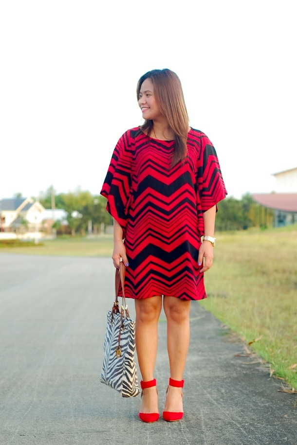 chevron dress, Michael Kors purse and Zara slingback heels