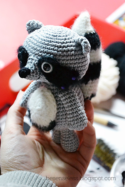 Febo il procione - amigurumi raccoon Flickr - Photo Sharing!