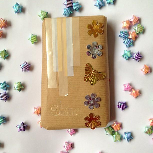 #secretpenpalscavengerhunt #washitape #shiny #sequins #origamiluckstars