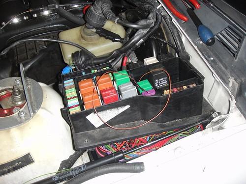 e36 fuse box removal efcaviation com 1997 BMW 528I Fuse Box Diagram 1997 BMW 528I Fuse Box Diagram