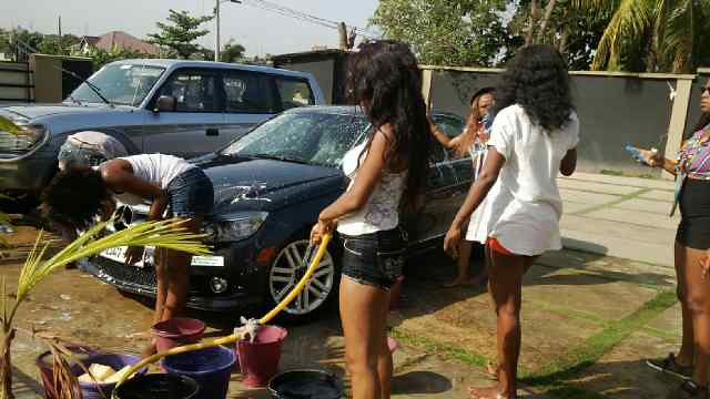 Juliet Ibrahim Foundation Divas Car wash (3)