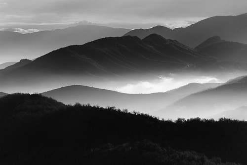 morning light blackandwhite bw sunlight mist mountains nature fog clouds landscape mono gray greece layers 702004l canon30d