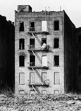 NY Slum bldg