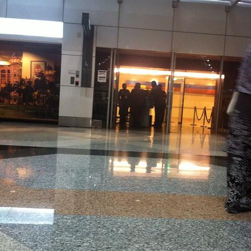 Tae Yang - Malaysia Airport - 06feb2015 - yayaazhar_ - 01