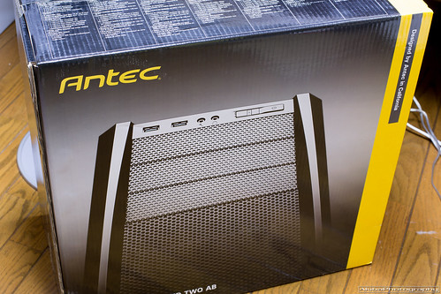 Antec Three Hundred Two AB 購入