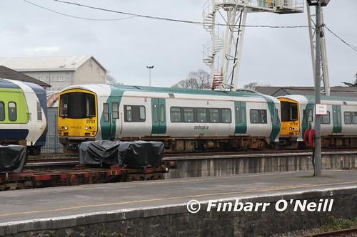 ireland irish train diesel rail railway trains railcar bahn railways dmu 2751 2013 2719 2722 multipleunit 2700class finbarroneill finnyus