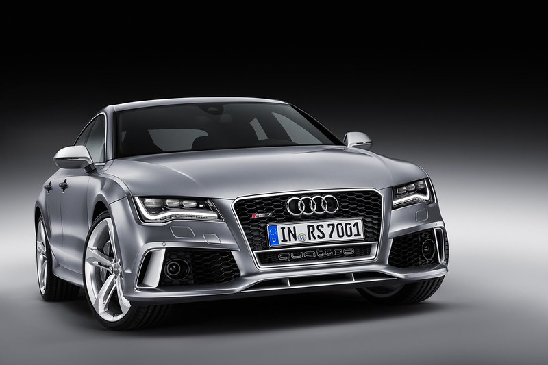 audi-rs7-sportback-front-side-gray