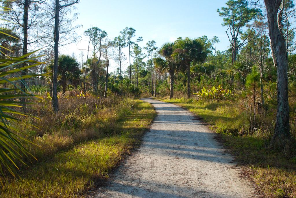 Riverbend Park Nature Trail