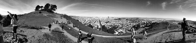 SFflickrmeetup: On top of the city